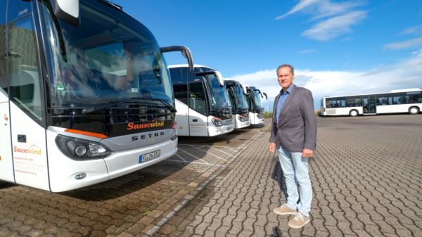 Bus Sausewind und Steenken